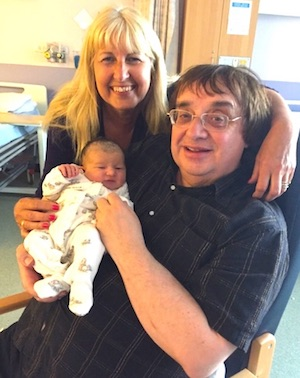 Paul and Anne Rusling with Verity, aged 0 days